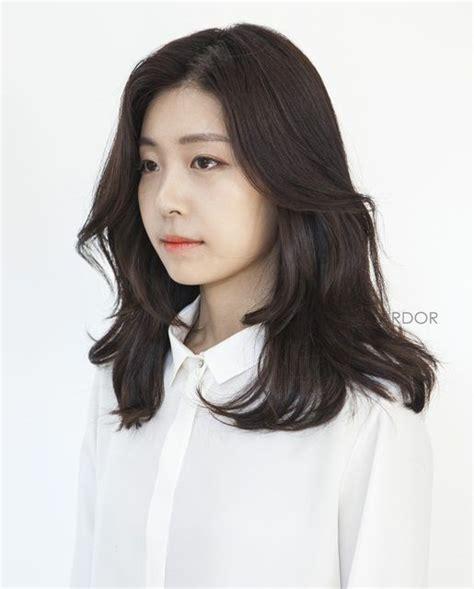 hair relaxer for asian hair best 25 perms long hair ideas on pinterest perming hair