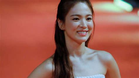 korean song song hye kyo expresses regret tax evasion