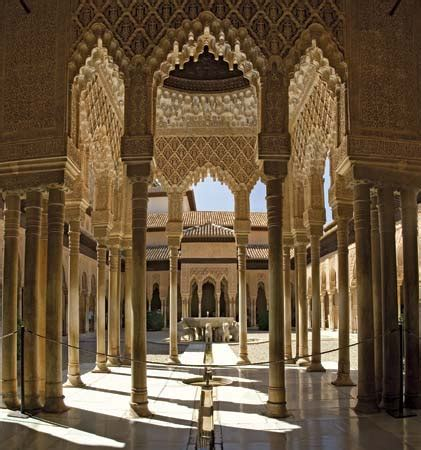moorish style palace interior architecture alhambra palace fortress facts map pictures