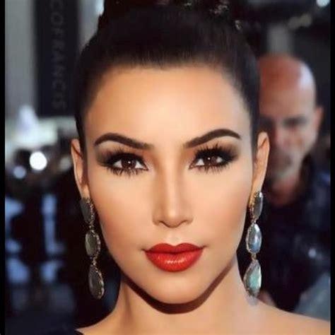 what face shape does kim kardashian have kim kardashian beautiful face mobile wallpapers