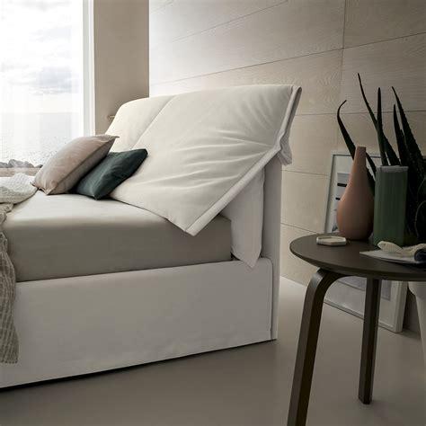 cuscino per leggere a letto arredaclick letto comodo per leggere a letto