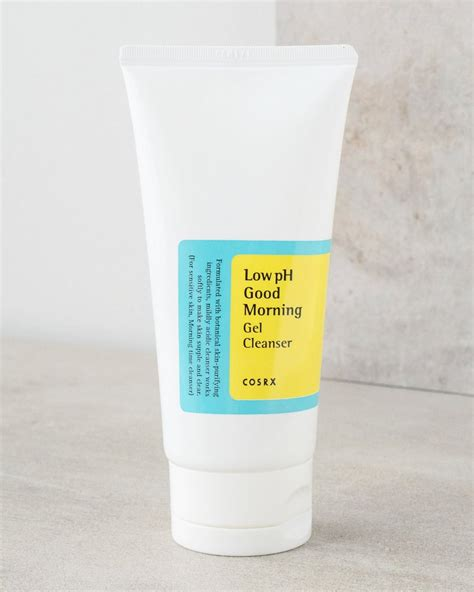 Cosrx Ph Low Morning Gel Cleanser 150ml cosrx low ph morning cleanser soko glam