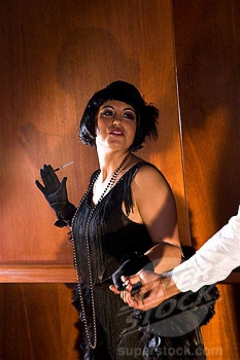 host a roaring 1920s twenties theme party resources and ideas hosting a roaring 20s party the o jays love and love the