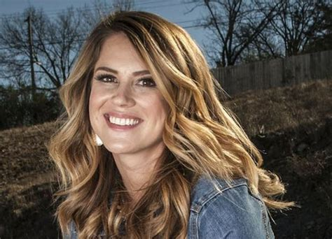 Radio personality returns to Little Rock, joins country