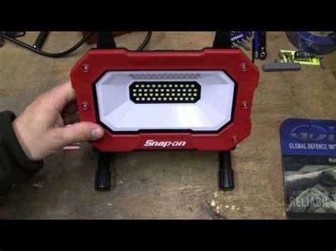 snap on led work light 2700 snap on led work light 2000 lumens youtube