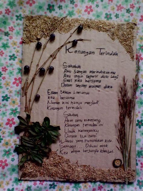 membuat parafrasa puisi cerita tugu bingkai puisi