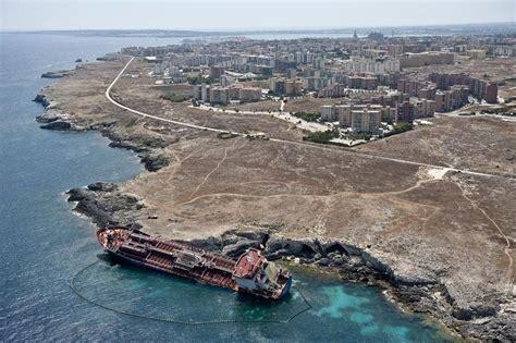 seme catania sicilia vista dall alto foto di fabrizio villa