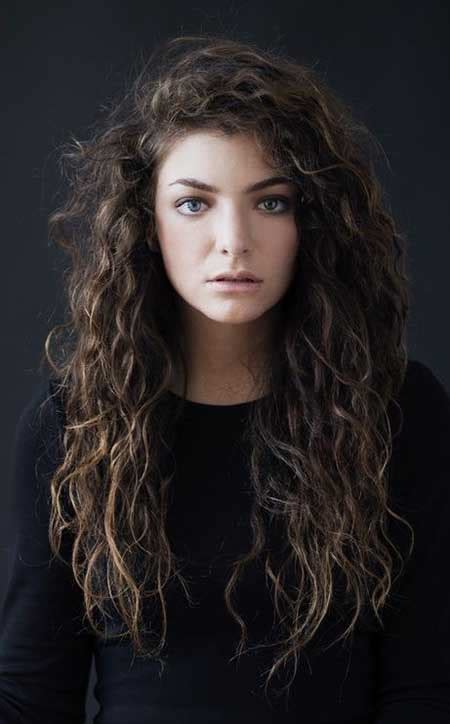hair styles with hair curly in top and shorit on sides top 10 curly hairstyles hairstyles haircuts 2016 2017