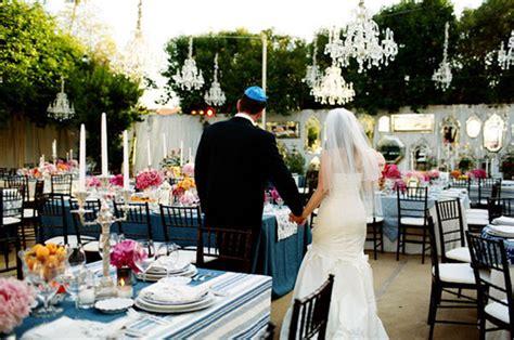 outdoor wedding decorations chandeliers weddingelation outdoor wedding decorations chandeliers weddingelation