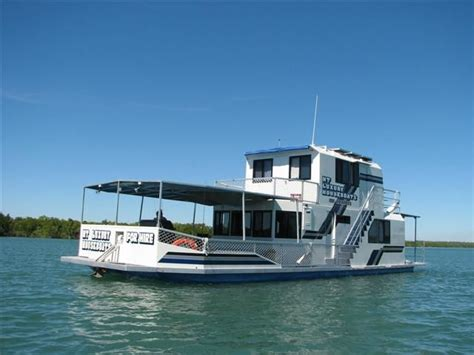best house boats 17 best images about house boats on pinterest lakes floating homes and houseboat sales