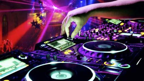 consol per dj in ripresa le vendite dei dischi boom per lo