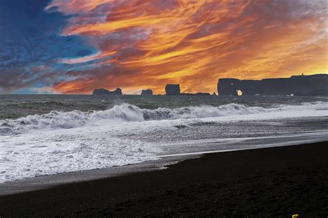 black sand beach iceland 20 photos that prove iceland is the land of ice and fire