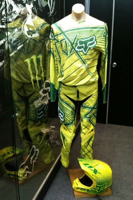 motocross gear australia mxon fox reveals green and gold gear for team australia