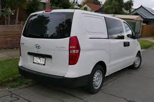 2015 Hyundai Minivan File 2015 Hyundai Iload Tq2 V My15 Crew Cab 2015 06