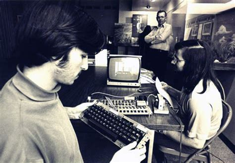 apple jobs steve jobs from garage to world s most valuable company