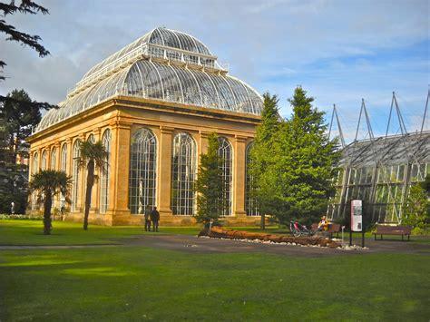 caledonian botanic gardens edinburgh beautiful