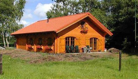 cottage in legno prefabbricati di legno prezzi chalet e di legno abitabili