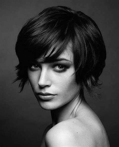 can women with oval faces and thick hair wear really short hair styles short hairstyles for thick hair oval face hair
