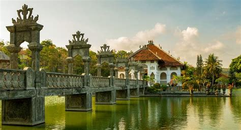 Holidays to Indonesia   Bespoke Tours & Indonesia Holidays