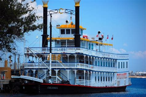dinner on a boat galveston tx things to do in galveston tx vacation pinterest