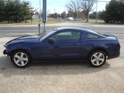 Salvage For Sale 2010 Ford Mustang V6 Automatic Salvage Rebuildable For Sale