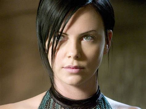 edgy haircuts charlize theron in aeon flux charlize theron aeon flux scifiempire