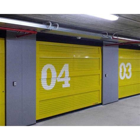 pannelli per portoni sezionali portoni sezionali con pannelli alettati per garage