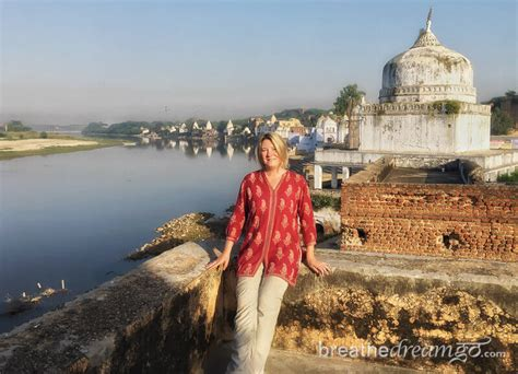 going it alone travel deals travel tips travel advice female solo travel india the female traveller s guide to