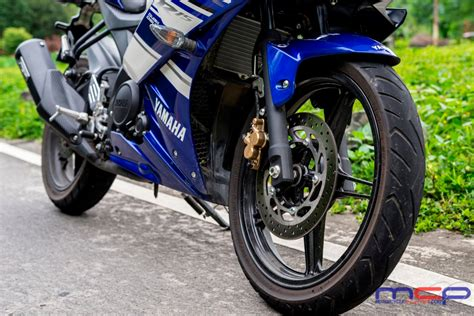 Hairpin Carver: The Yamaha YZF R15   Motorcycle Philippines