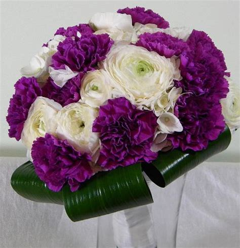 Sprei Fata No 1 Lavender Violet wedding flowers from springwell wedding bouquets in