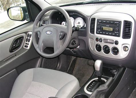 electric and cars manual 2002 ford escape interior lighting 2001 2007 ford escape expert review