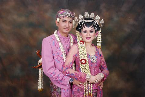 Wedding Adat Jawa Tengah by Rias Pengantin Bogor Mc Pengantin Adat Jawa