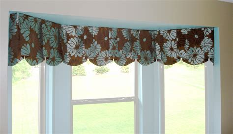 Valance For Windows Curtains Valance Styles For Window Treatments Window Treatment Ideas For Bay Windows Simplified