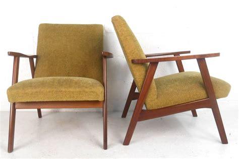 mid century modern armchairs pair mid century modern danish armchairs at 1stdibs