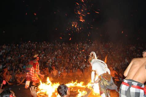 legong  barong waksirsa dance ubud indonesia