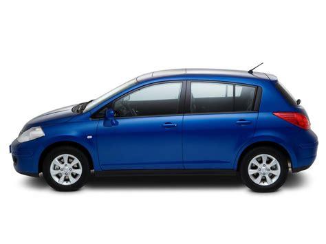 nissan tiida hatchback black nissan tiida technical specifications and fuel economy