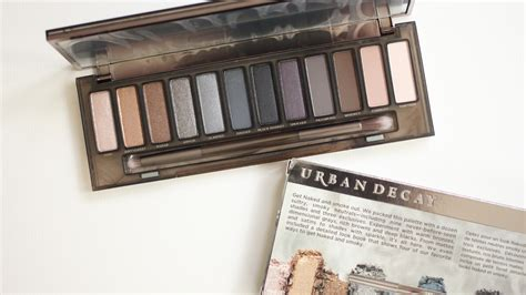 Decay Smoky Pallette Smokey Pallette new in decay smoky palette passionista