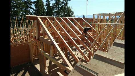 Hip Roof Truss Design Timber Frame Roof Rafter And Truss Installation Youtube