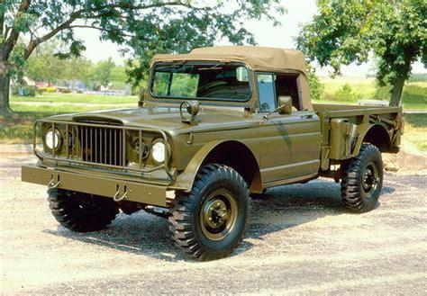 jeep gladiator military encyclopedia hoonatica military civilian twins hooniverse