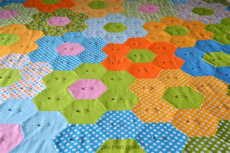 hexagon flower pattern quilt sew fresh quilts hexagon quilt
