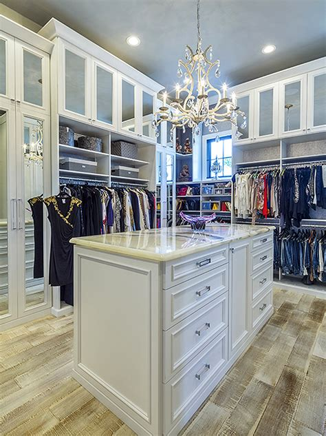 luxury home must haves 5 must have luxury closet design features