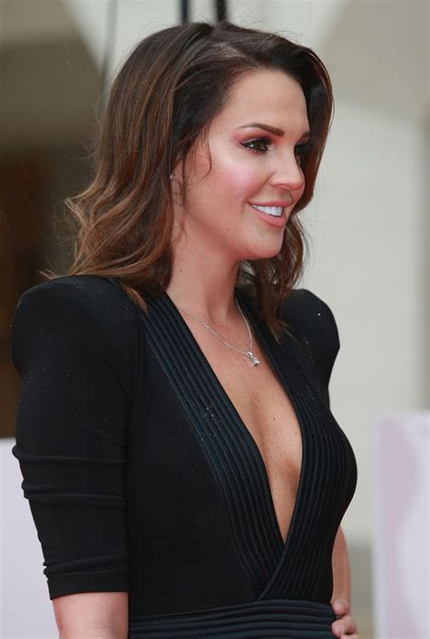 sun l for people photos danielle lloyd 224 l arm 233 e de sun awards 224 londres