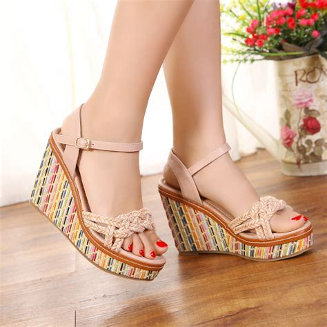 Wedges Fashion Sandal High Heels Hitam Simpel Flat Shoes Murah sandals for the best option in summer