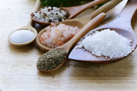 Detoxing From Adding Table Salt To Food by 6 Foods That Detox Heavy Metals Tonic Recipe