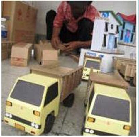 membuat mobil dari kardus bekas kardus disulap jadi truk cari peluang usaha