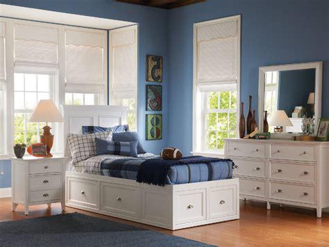 sophia  drawer storage bed  thomas cole hom furniture