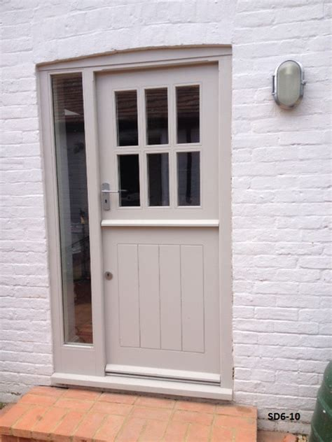 stable doors with 6 panes made from oak and painted