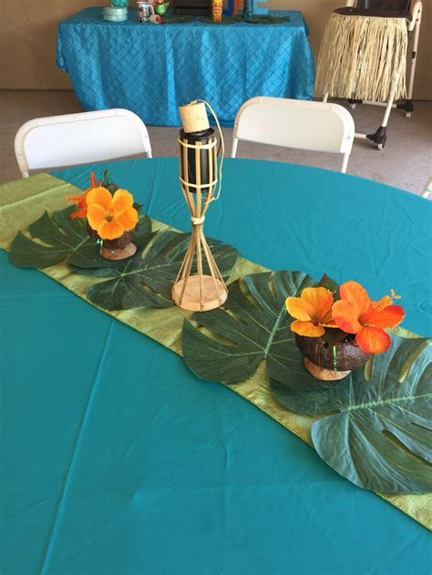 25  best ideas about Hawaiian centerpieces on Pinterest