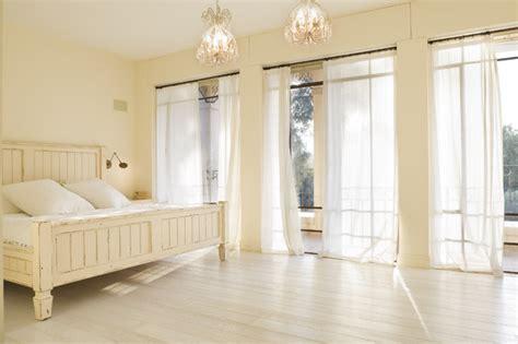 Sherwin Williams Egret White master bedroom