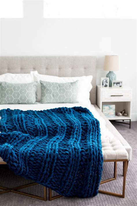Arm Knit Chunky Blanket by Chunky Arm Knit Ribbed Blanket Allfreeknitting